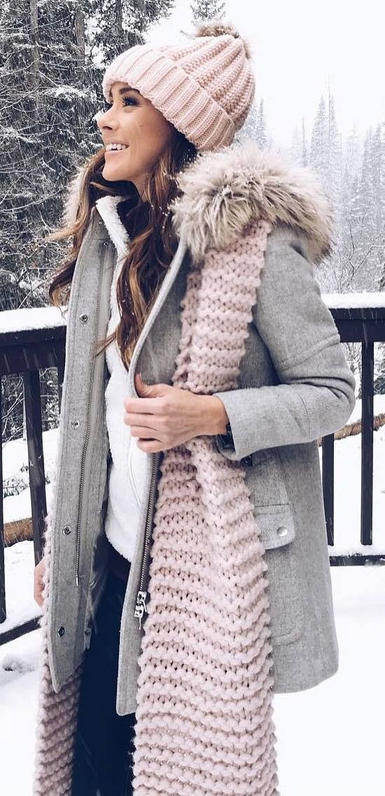 30+ Cute Winter Outfit Ideas To Copy This Season #winteroutfitscold