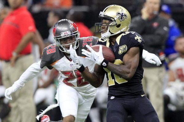 Patriots Pick Up Wr Cooks Contract Option New England Patriots Patriots Football Helmets