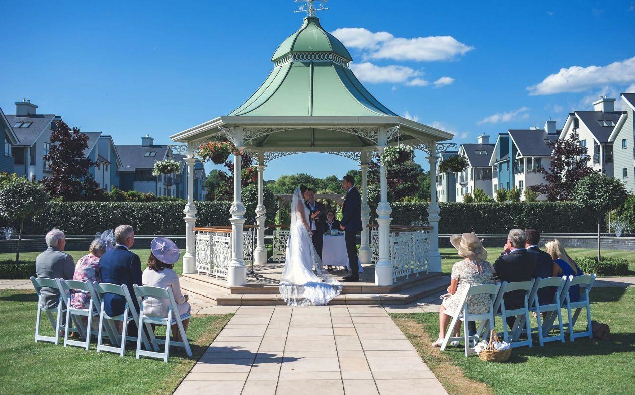 Hythe Imperial Hotel Coastal Wedding Venue In Kent Kent Wedding Venues Coastal Wedding Venues Coastal Wedding