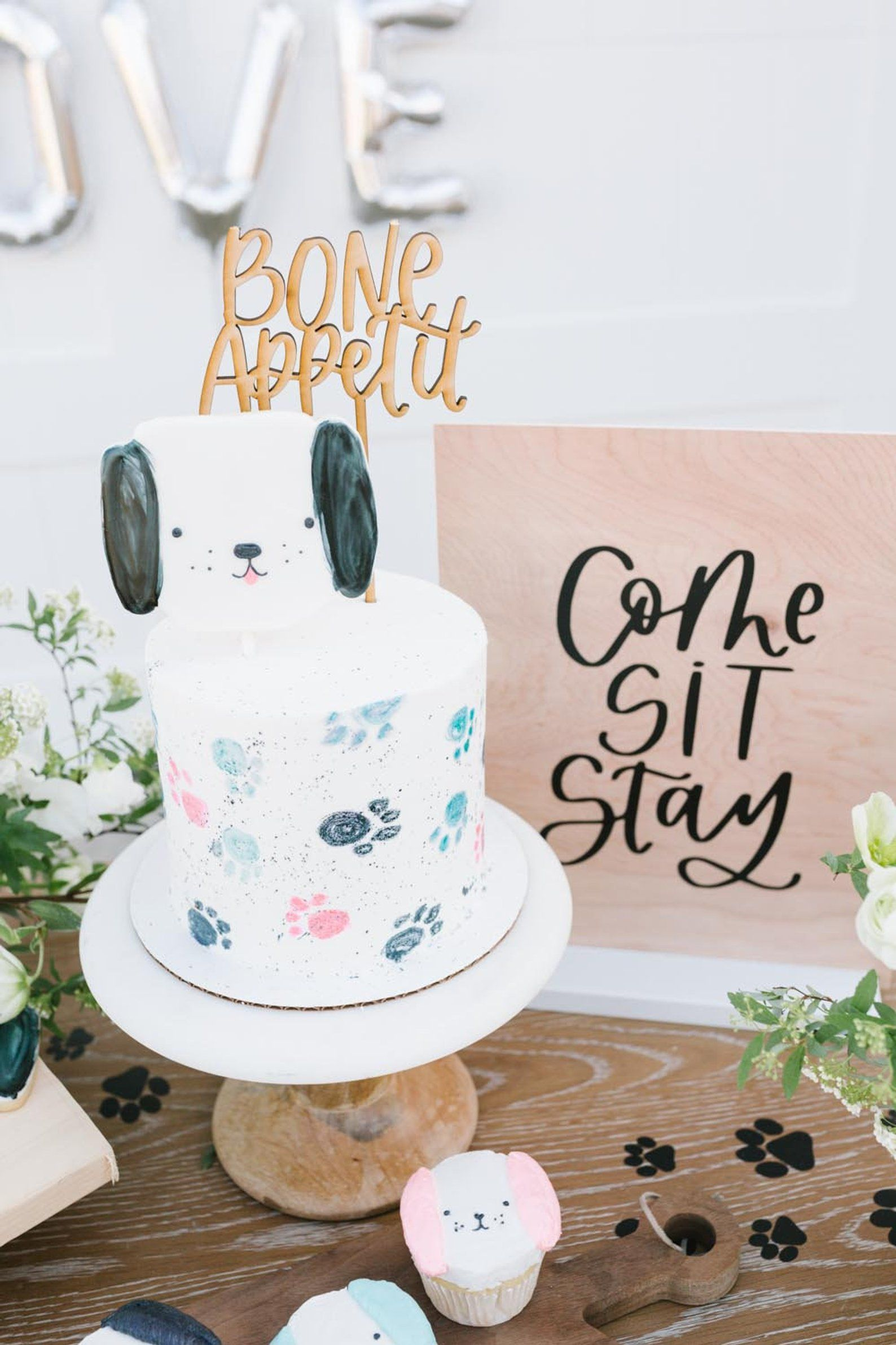 Bone appetit cake topper puppy dog party birthday cake