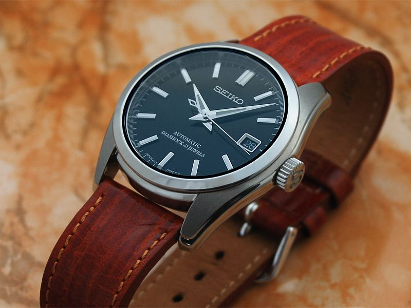 17 best images about watch tag heuer leather and seiko a great all around versatile watch and a great value