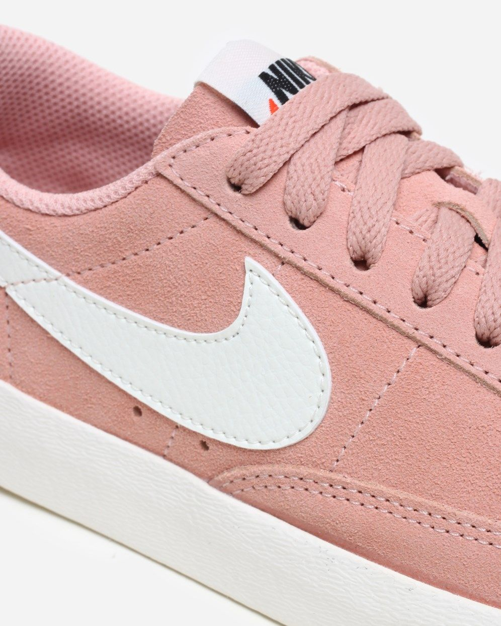 separation shoes 152dc 124b0 Nike Sportswear Blazer Low SD AA3962 605   Coral Stardust Sail   Footwear -  Naked