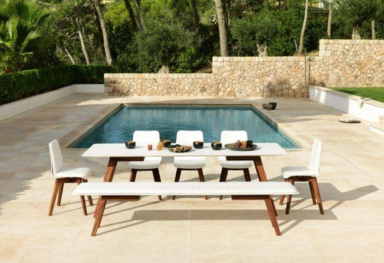 Table de jardin bois, résine tressée, aluminium : à vous le ...