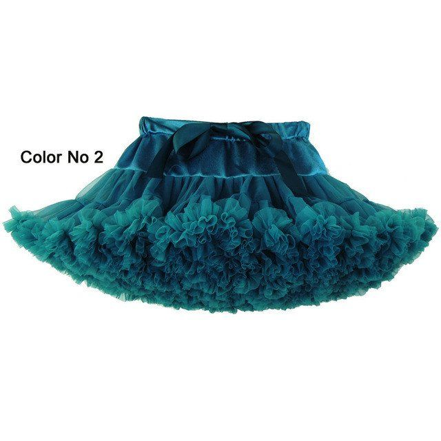 mini-skirt-hot-teen-dance-women-accidental-nudity-in-public