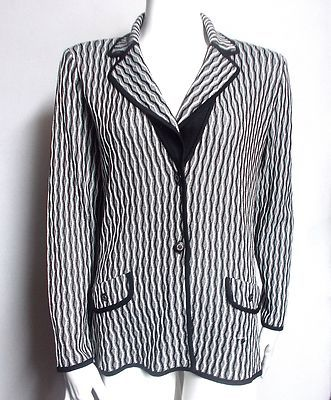 Exclusively Misook black and white knit jacket. Unlined, size M. Free USA shipping.