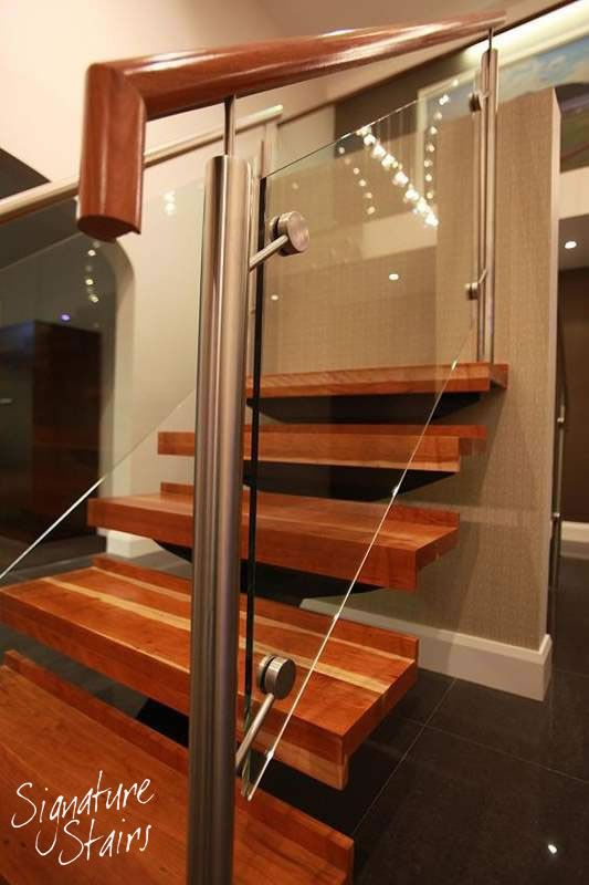 Best Central Spine Staircase From Our Showroom The Design 400 x 300