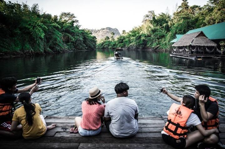 Leaving the city life behind and living slow life in peaceful place #Kanchanaburi #Thailand  Read more: Holidaydentalthailand