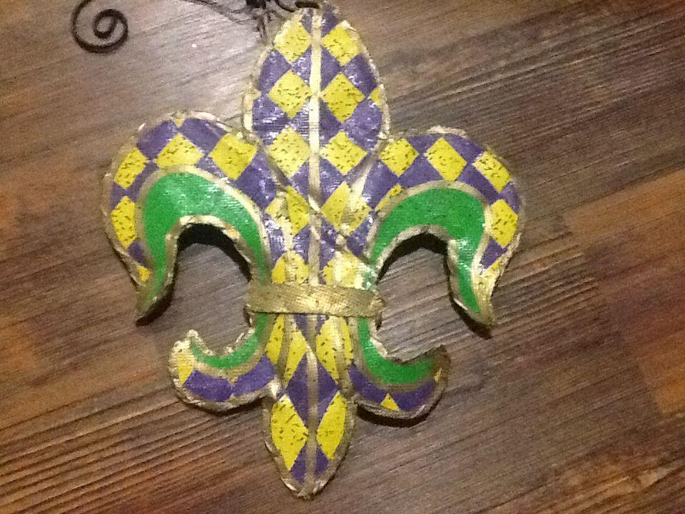 Plastic Masks To Decorate Enchanting Outdoor Plastic Mesh Mardi Gras Fleur De Lisdecorate Your Door Inspiration