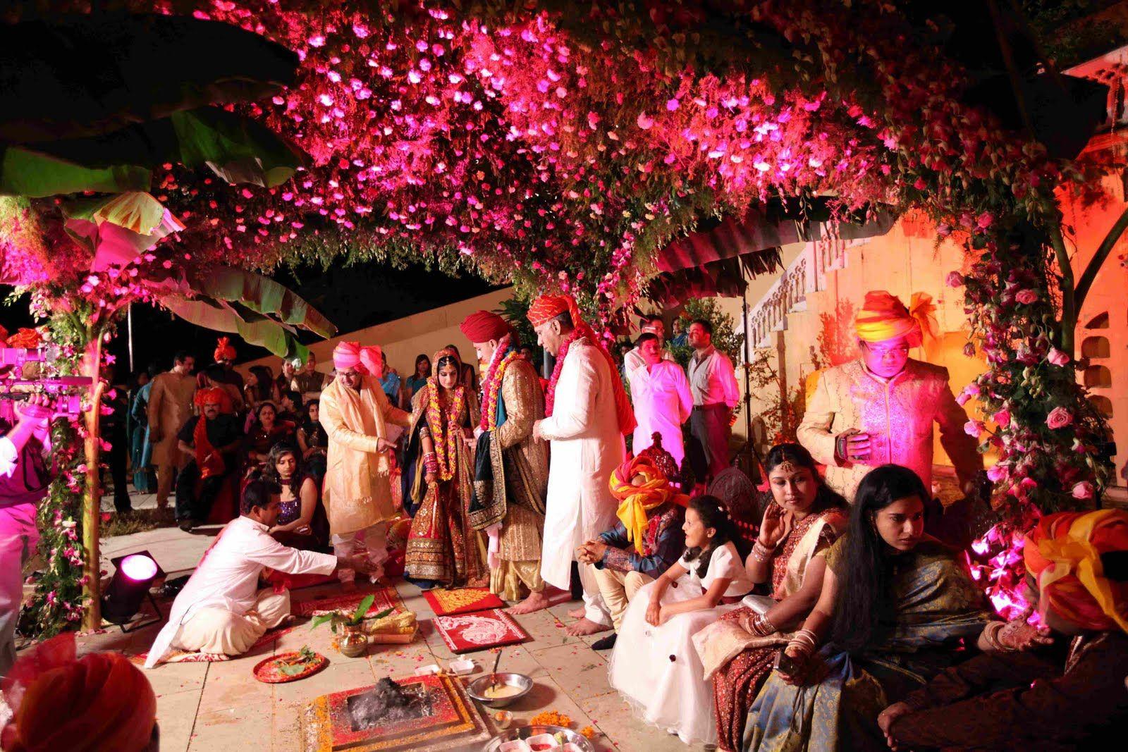39++ Wedding ceiling drapes price info