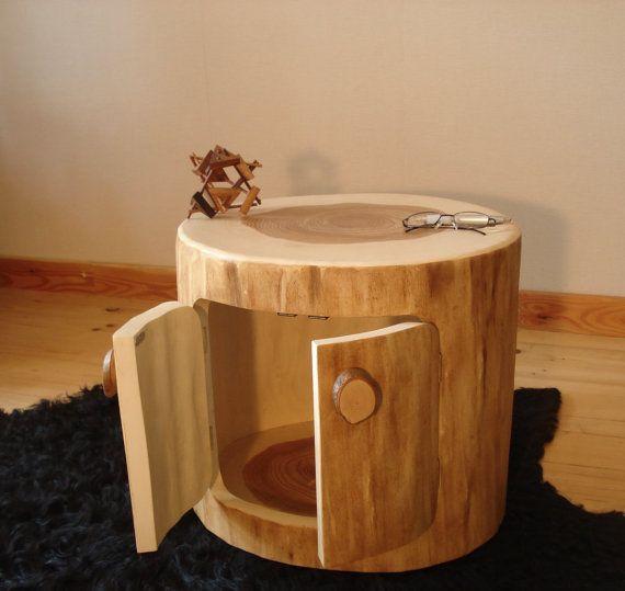 holztisch kaffeetisch beistelltisch aus einem door. Black Bedroom Furniture Sets. Home Design Ideas