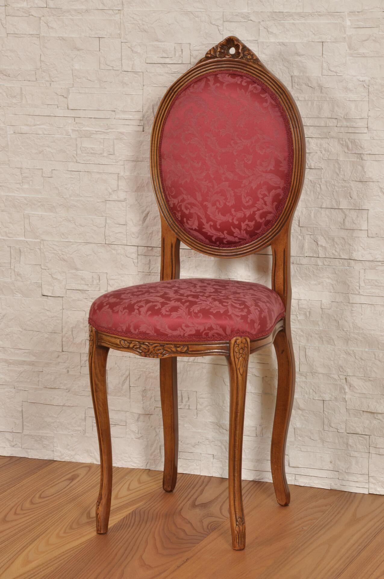 Piccola sedia da ingresso o da camera con schienale ovale in