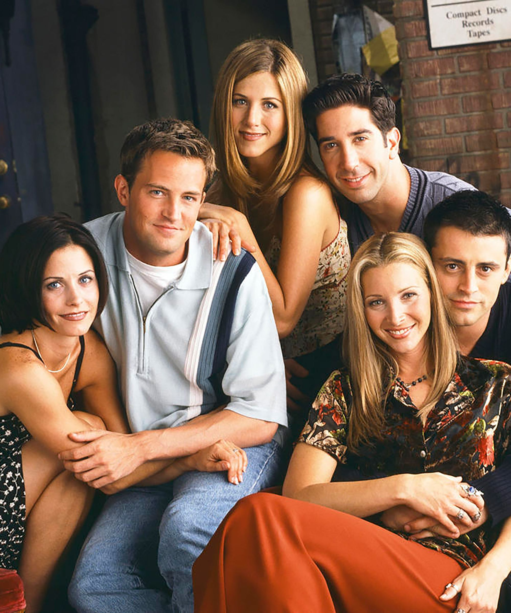 All Of The Famous Faces Who Appeared On Friends Friends Moments Friends Tv Friends Tv Show