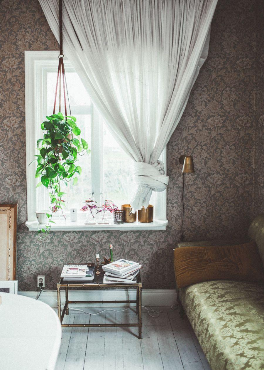 Turkos valen soffa. djup soffa, låg soffa, linne, linnetyg ...