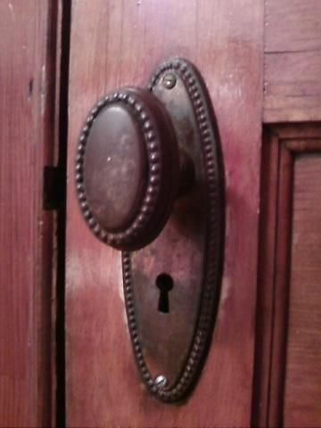 Good Old Door Knobs Oval