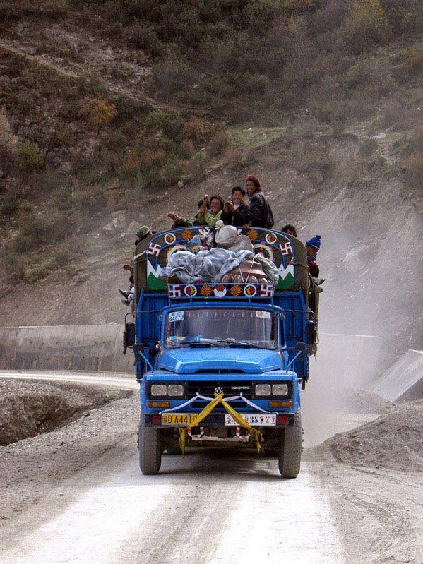 Sechuan Tibet Highway through the eyes of JPDavidson