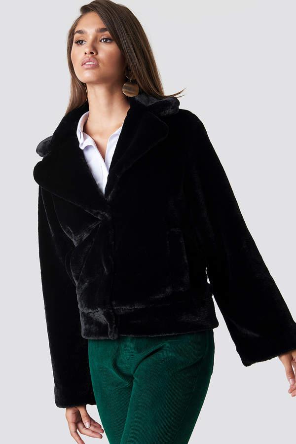 25ab87bb62 Hannalicious X Na Kd Wide Sleeve Faux Fur Jacket