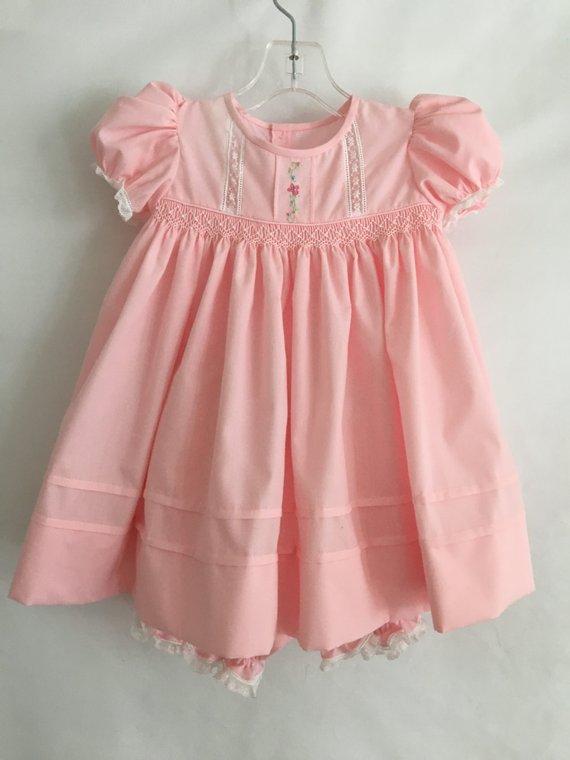 69991f152 Pink Dainty Dress -- Size 9 mo