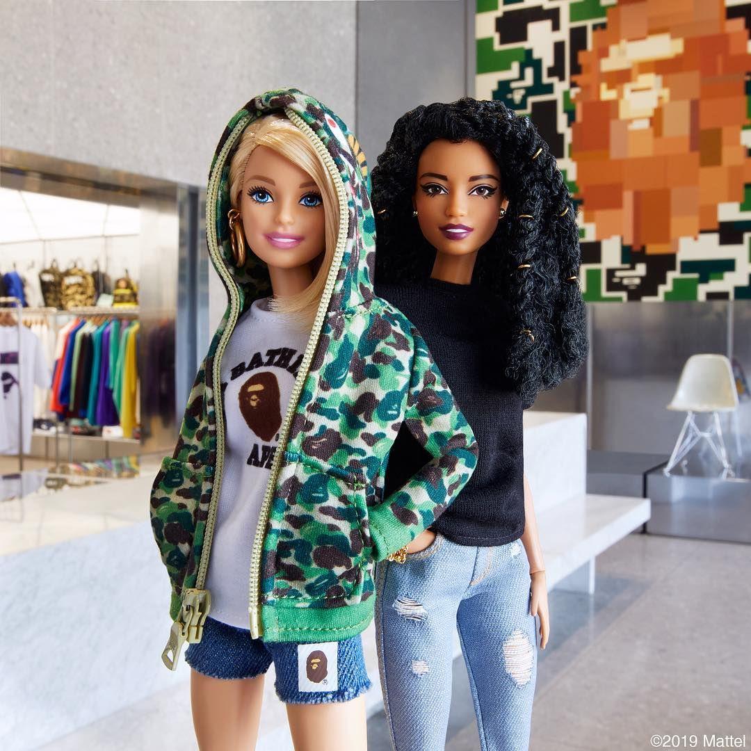 Barbie and ken having it hard
