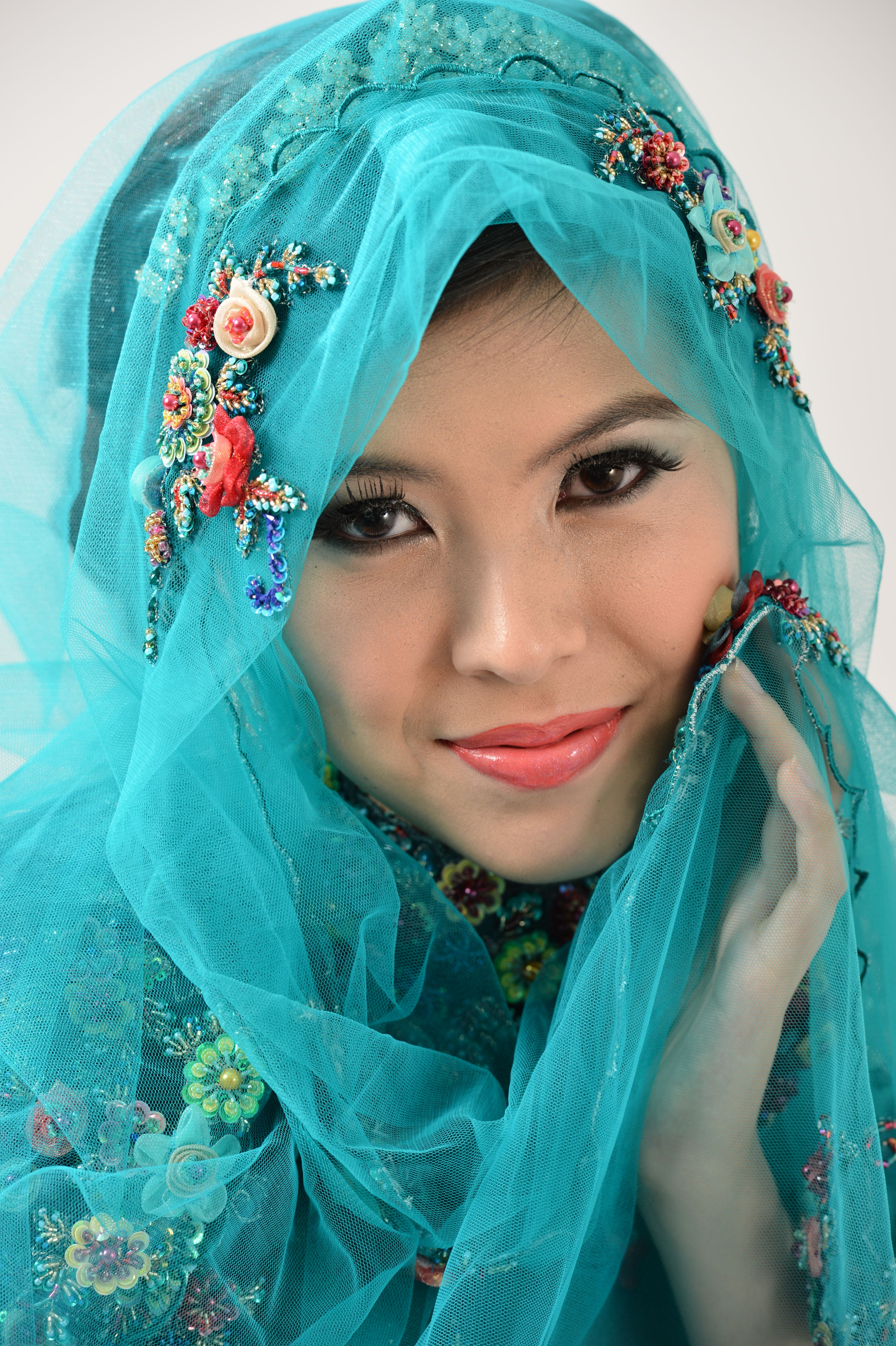 malay bride dress - Google Search | Brides around the world ...