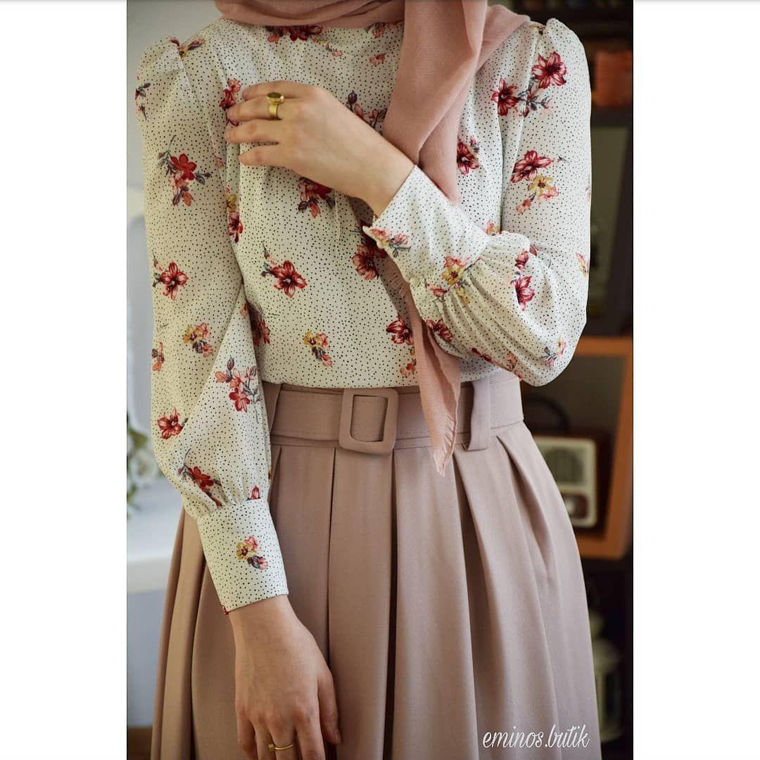 Eminosbutik Instagram Uzun Zaman Sonra Cicekli Bluz Ve Pudra Renk Etek Kombini Hanimhanimcik Harik Muslim Fashion Outfits Hijab Fashion Hijab Fashionista