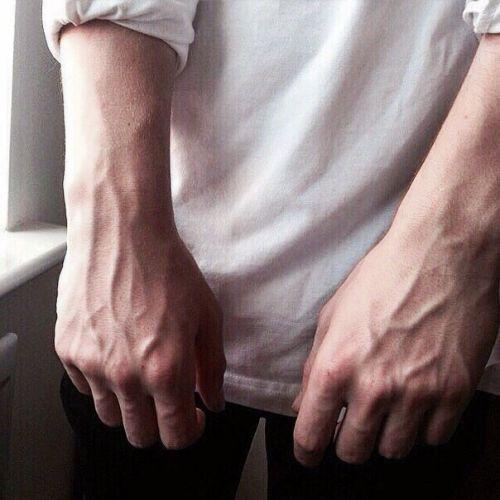 vena varicose mână în mână tinctura de castan din videoclipuri varicose