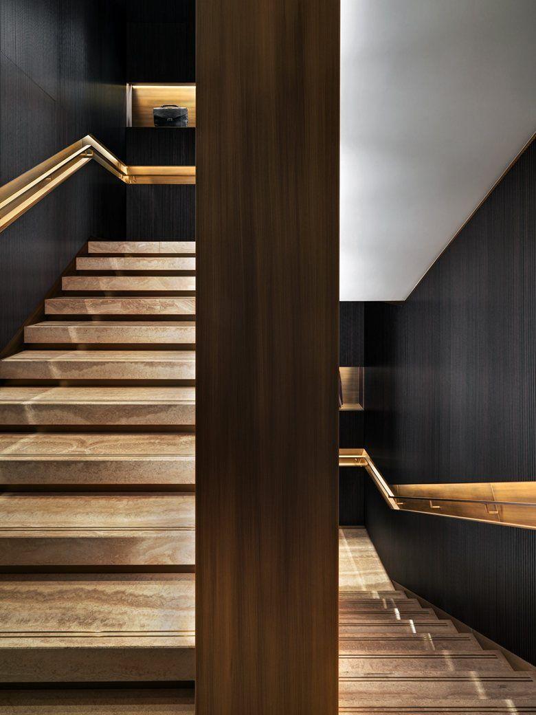 Aperto a milano il brioni flagship store di park associati for Store design milano