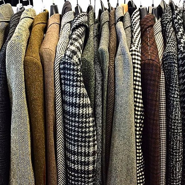 """Fall is here and you need a tweed sports jacket! Pick a pattern like houndstooth, herringbone, or glen plaid and wear it with everything from a turtleneck to a hoodie."" -@jimmooregq #GQfashioncloset #coat #mensfashion"