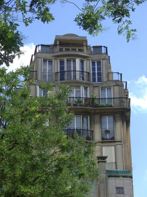 51 rue Raynouard, Paris \u2013 Auguste Perret  haut d\u0027immeuble - peinture de facade maison