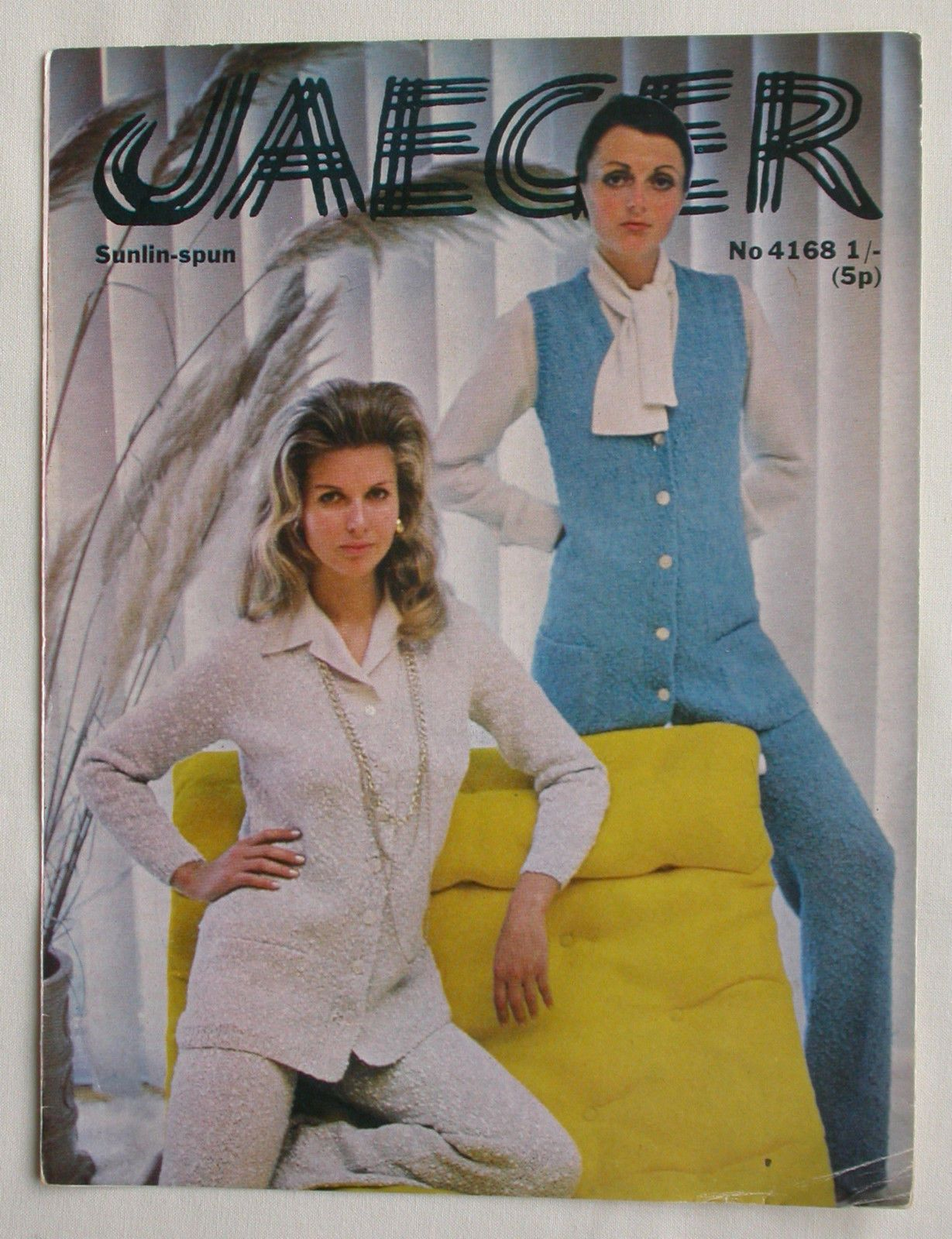 Jaeger sunlin spun knitting pattern 34 to 38 bust jacket and jaeger sunlin spun knitting pattern 34 to 38 bust jacket and trousers bankloansurffo Images