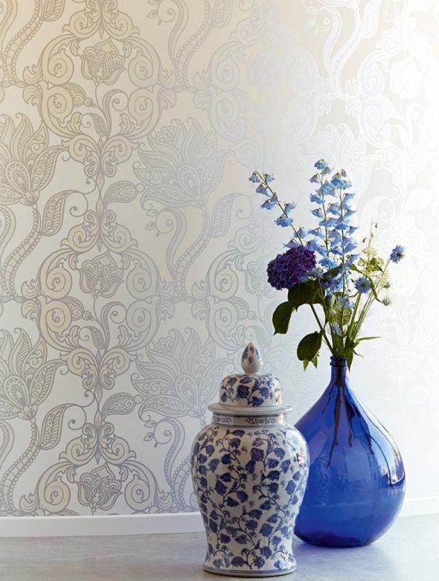 wohnzimmer wanddeko tapeten schlicht weiß ecru floral lawal Tapete