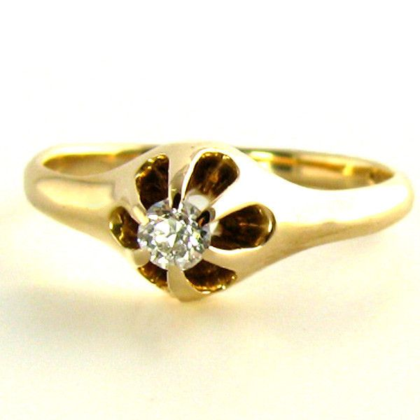 A light Rose Gold Edwardian Ring in an Old Belcher setting The