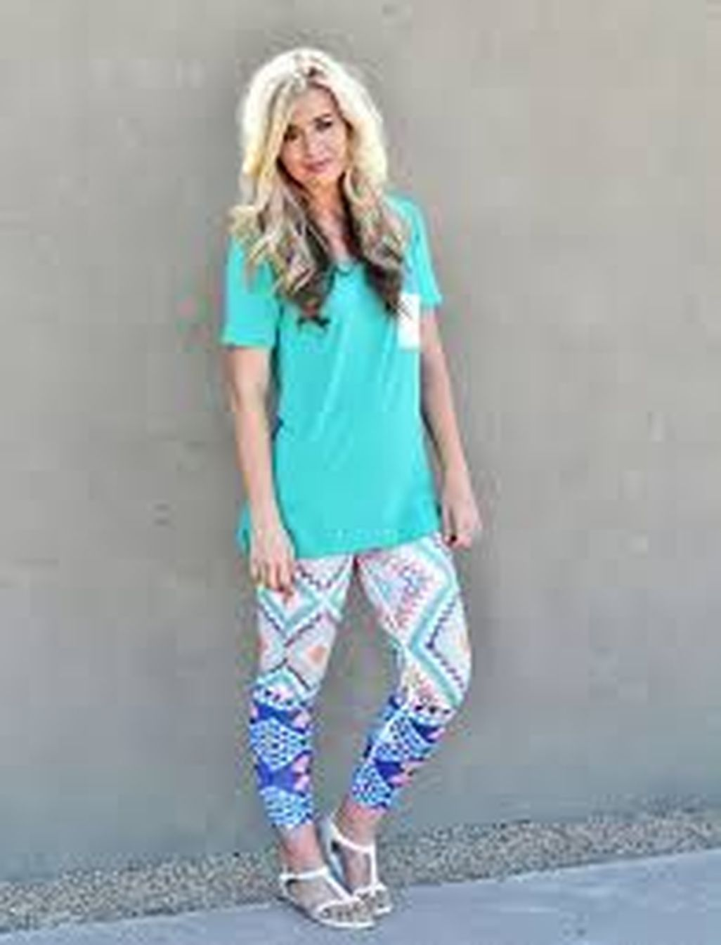 e1f7be7b3f3 Cool 49 Totally Inspiring Leggings Outfits Summer Ideas. More at  https   wear4trend