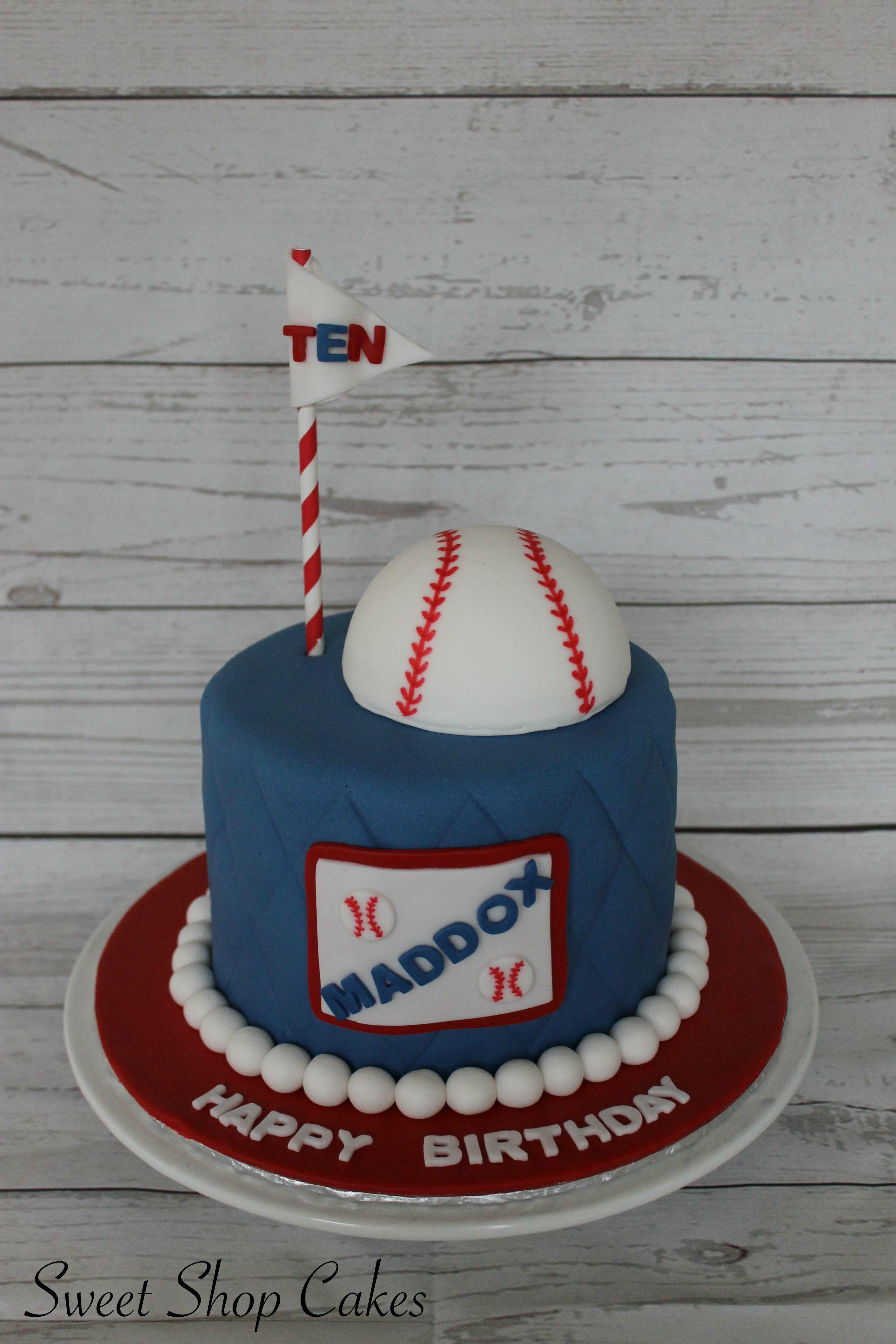 Baseball themed birthday cake My Cake Creations Pinterest