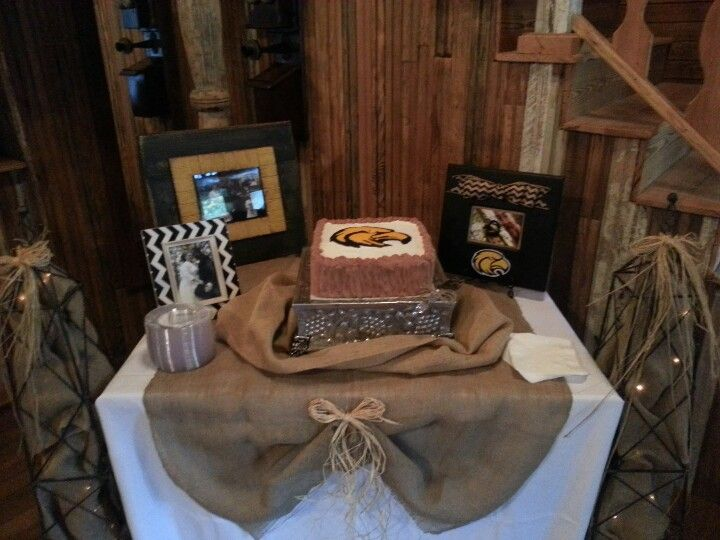 Groom S Table With Images Grooms Table Grooms Cake Tables
