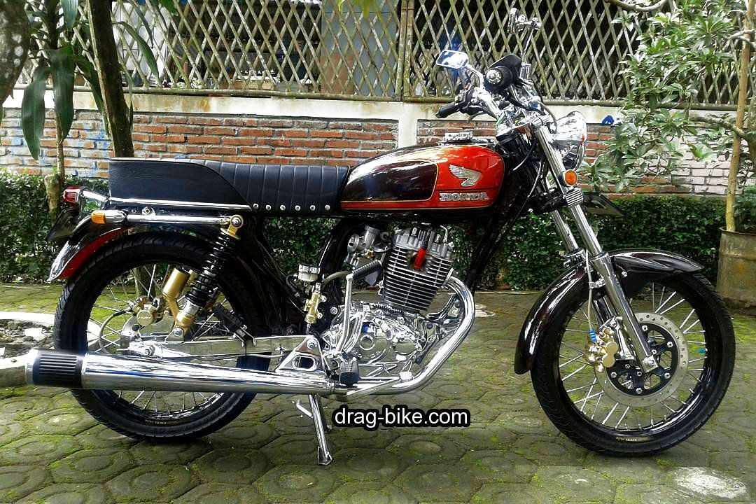 Modifikasi Motor Cb 100 Mesin Chrome Honda Cb Cafe Racer Honda