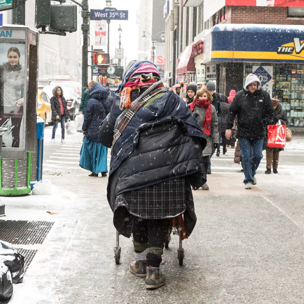 8 Ways To Help The Homeless In New York City Helping The Homeless Homeless Shelter Charity