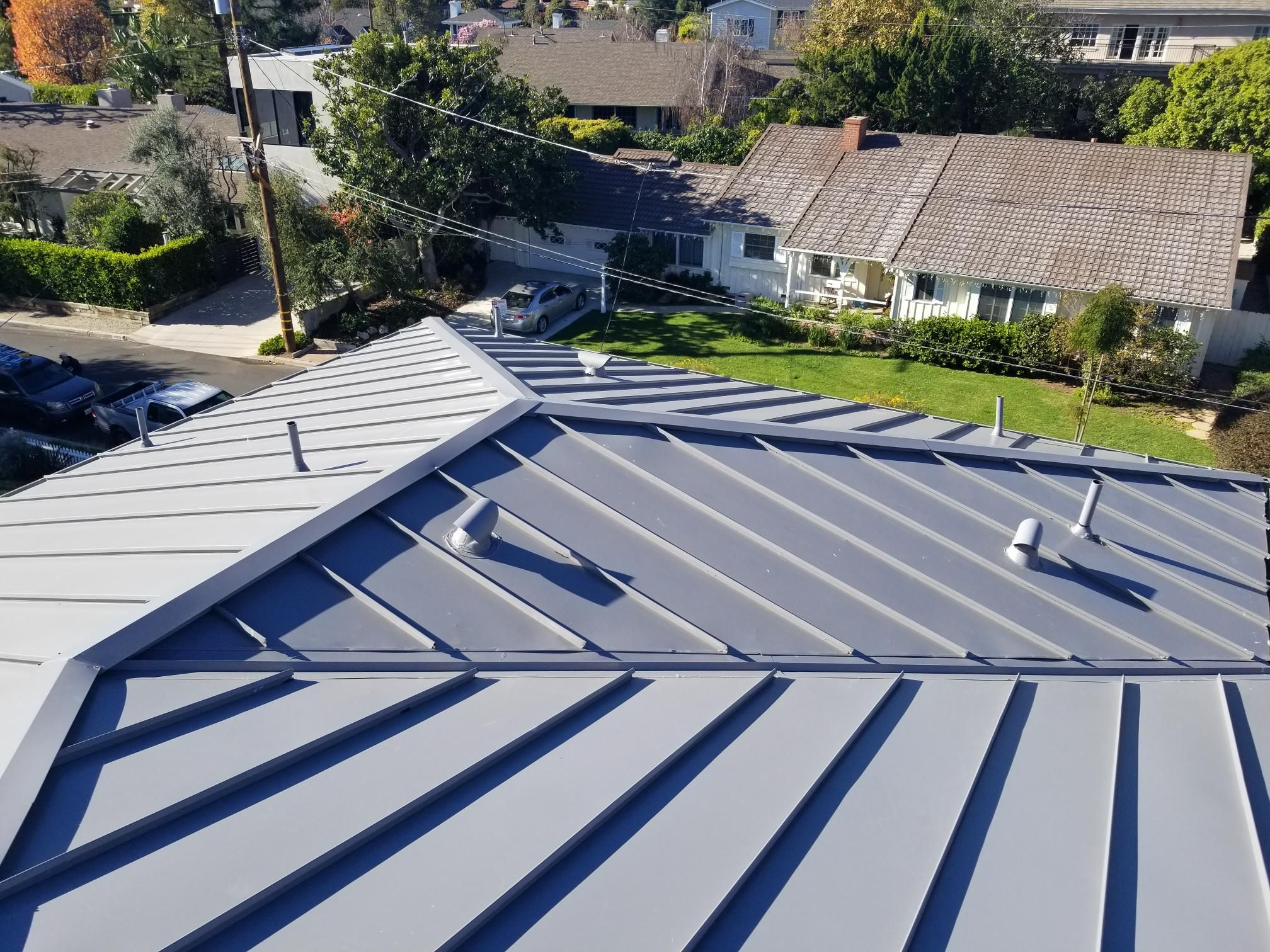 Bestway Roofing Los Angeles Ca Is One Of The Best Roofing Services To Provide You The Higher Quality Of Roofing Serv Los Angeles Roofing Contractor In 2019