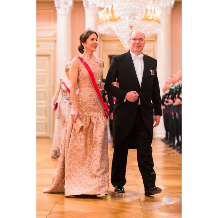 King Harald and Queen Sonja\'s joint 80th birthday bash is attended ...