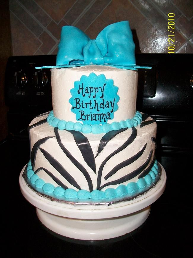 Blue Zebra Stripes Cake With Fondant Bow With Images Cool Cake