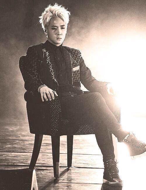 Ravi He Looks So Badass Vixx Ravi Vixx Han Sang