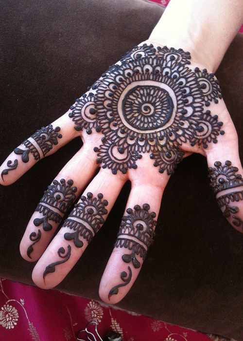Henna Designs For Women: Beautiful Mehndi Designs Collection 2015 For Girls And