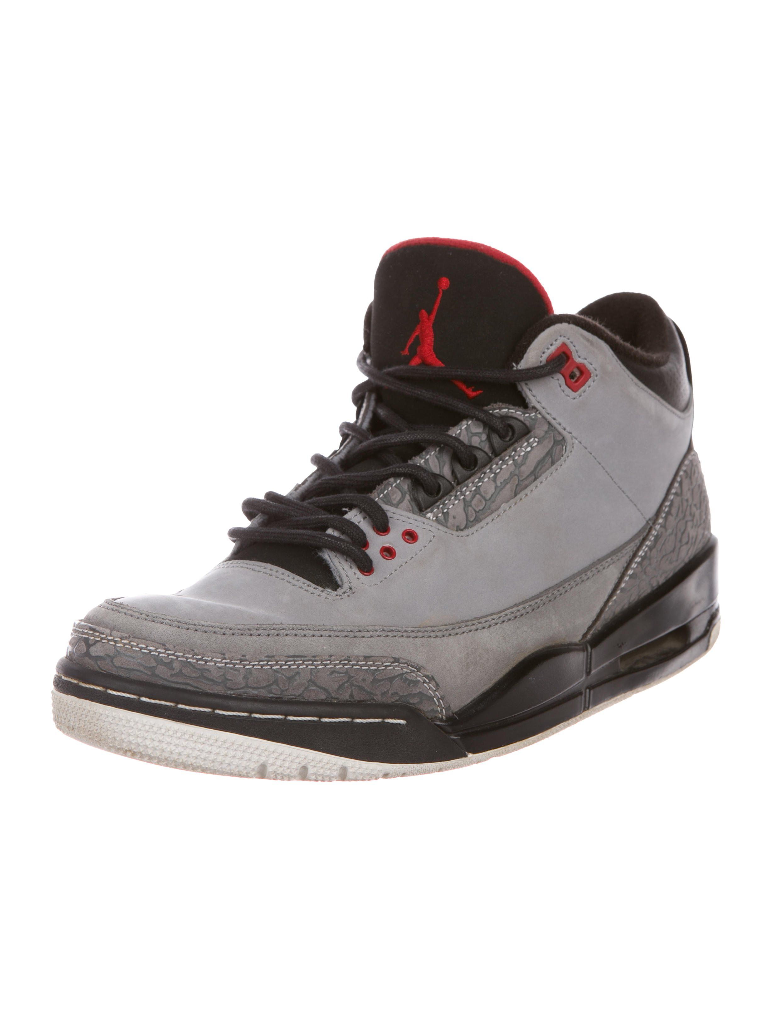sports shoes 885ce 709e7 Men s grey suede Nike Air Jordan 3 Retro Stealth round-toe mid-top sneakers  with cement print, signature Jumpman at tongues and counters, rubber soles  and