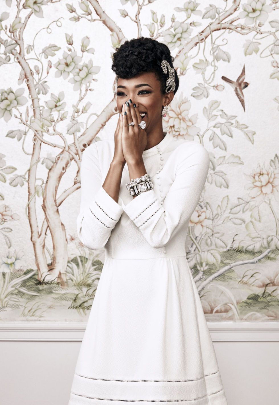 Sonequa Martin-Green Shows Off Her Simple Yet Sophisticated Style ...