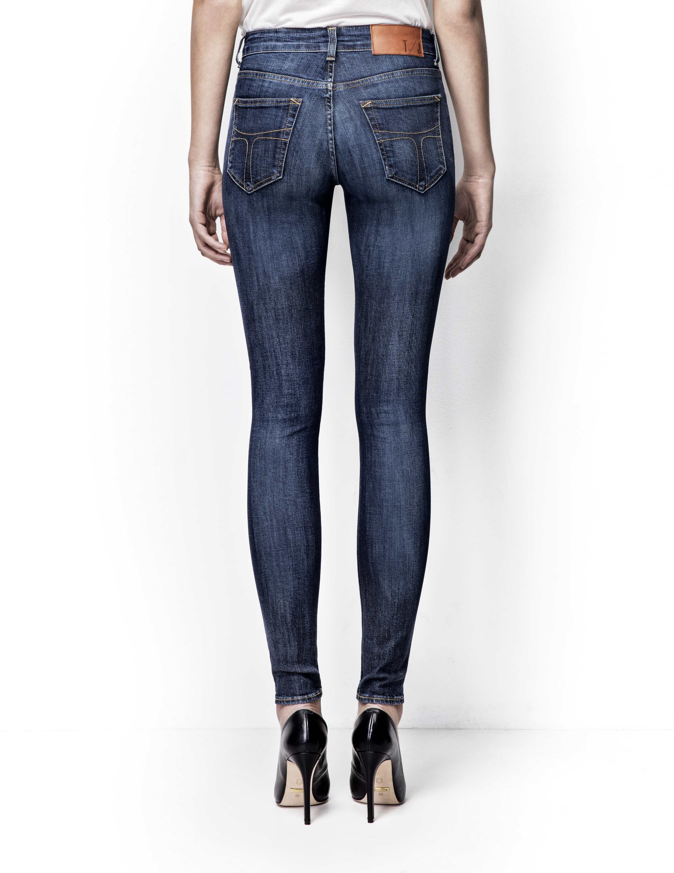 990a8d99ced4a9 Tiger of Sweden Jeans, Slight jeans-Women's mid-waist, super-slim leg,  five-pocket jeans in 11.5-ounce denim. The wash is called
