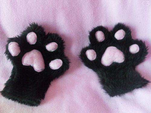 cute doll gloves!