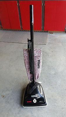 Eureka The Boss Vacuum Cleaner Model 1934 Bag Type Used Vacuum Cleaner Vacuums Vintage Appliances