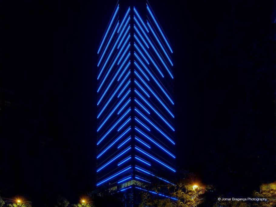 Edificio renaissance belo horizonte brazil showcase for Building exterior lighting design