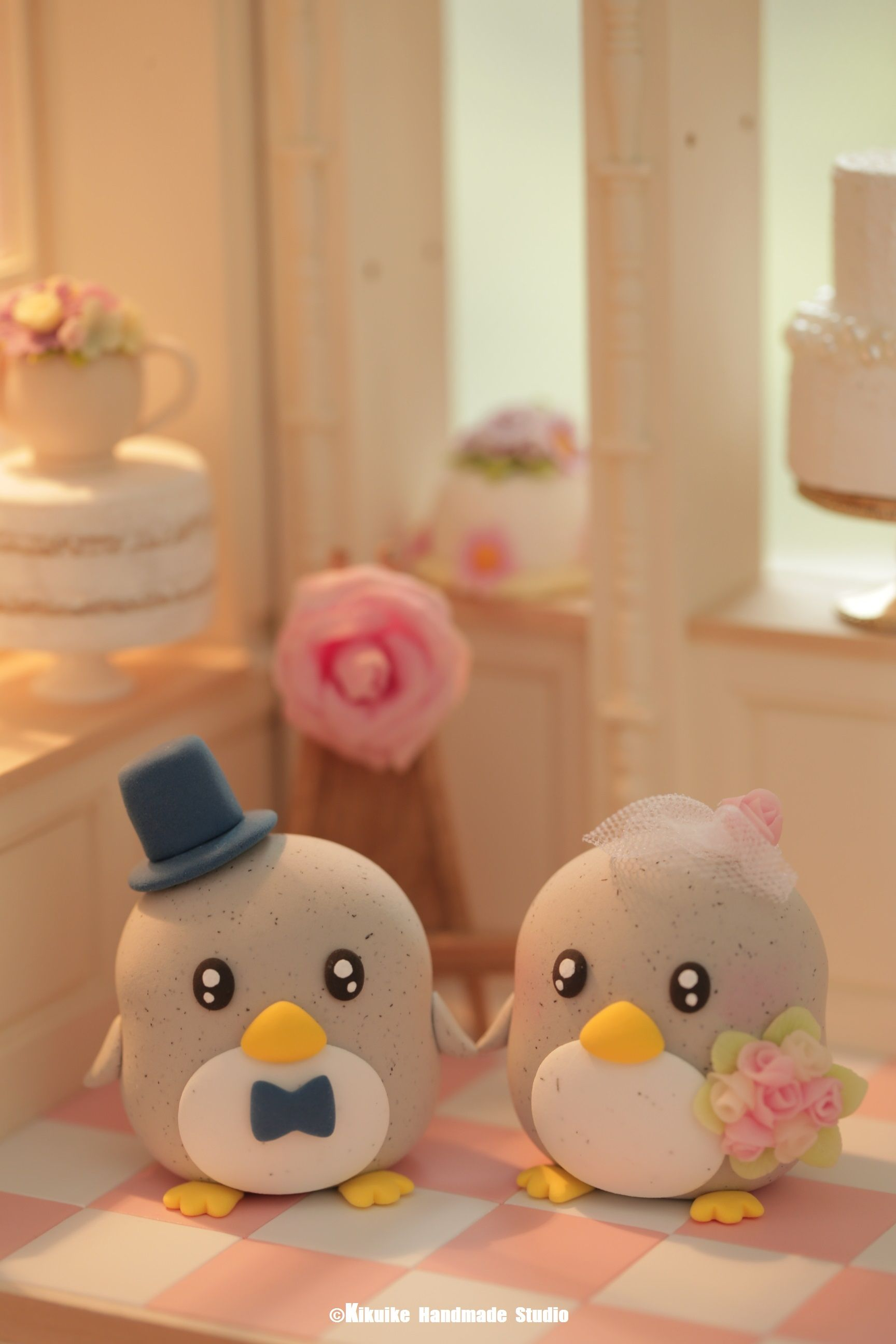 Penguin cake topperspecial edition kpenguin wedding cake