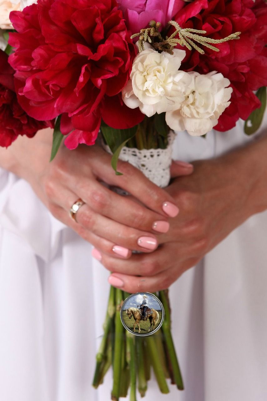 Such a special bouquet. | Bridal bouquet, Wedding