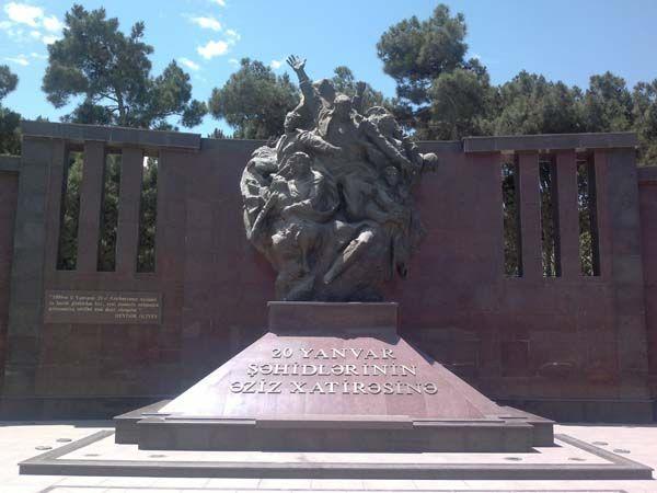 20 Yanvar Statue Monument Greek Statue
